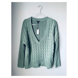 Express V Neck chunky high low sweater moss NWT M